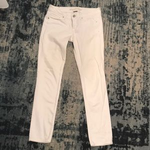 Awesome American Eagle white jean sz 4 skinny